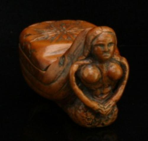 Mermaid snuff box early 19th century