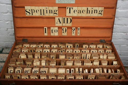Teaching & Spelling  aid