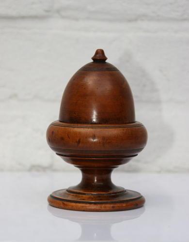 Treen Acorn form pot.