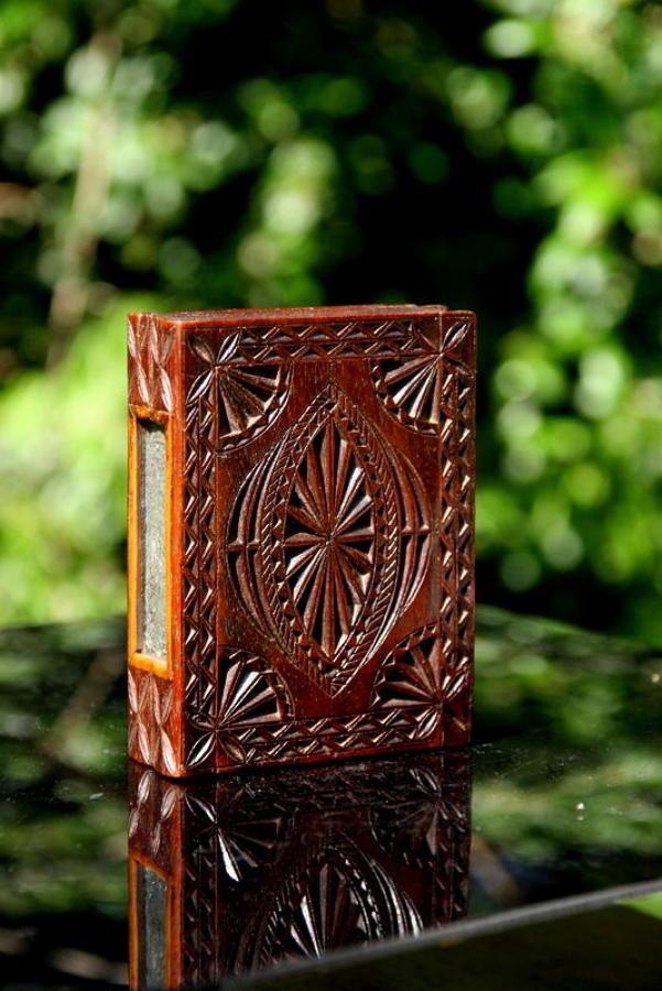 Treen Chip Carved Snuff Box