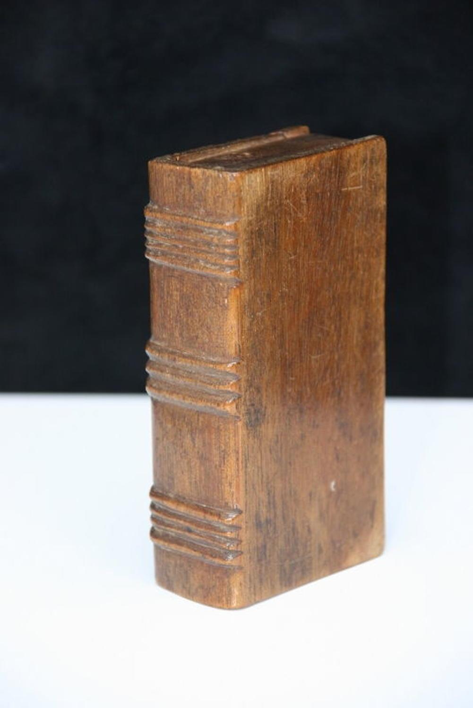 Treen book box snuff 19th century