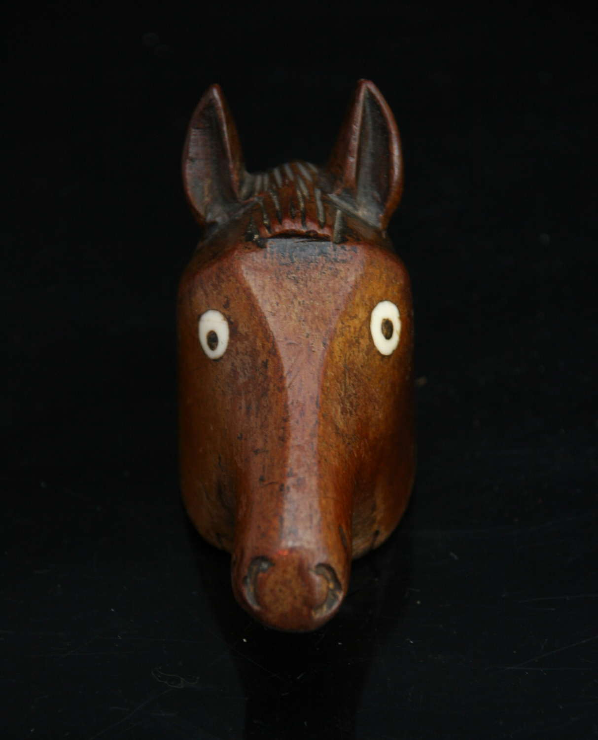 Treen Horses Head Snuff Box, English 19th Century