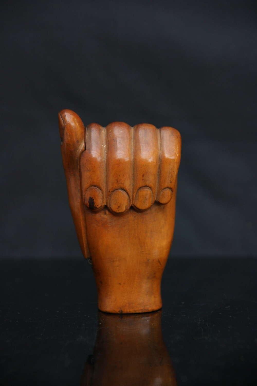 Treen Boxwood Hand Snuff Box. 19th century