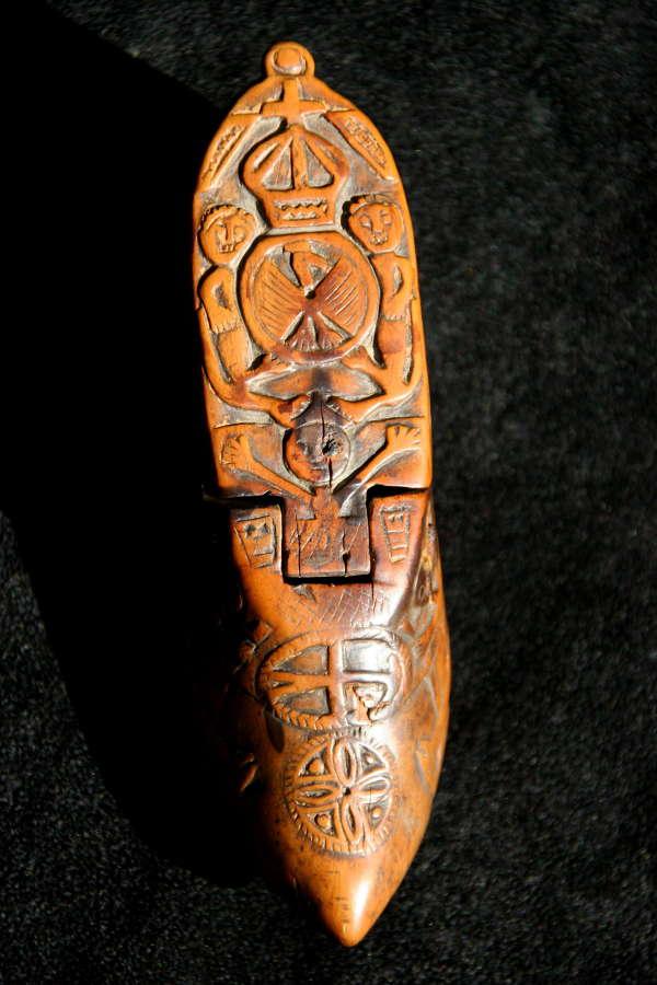 18th century Treen Snuff Shoe