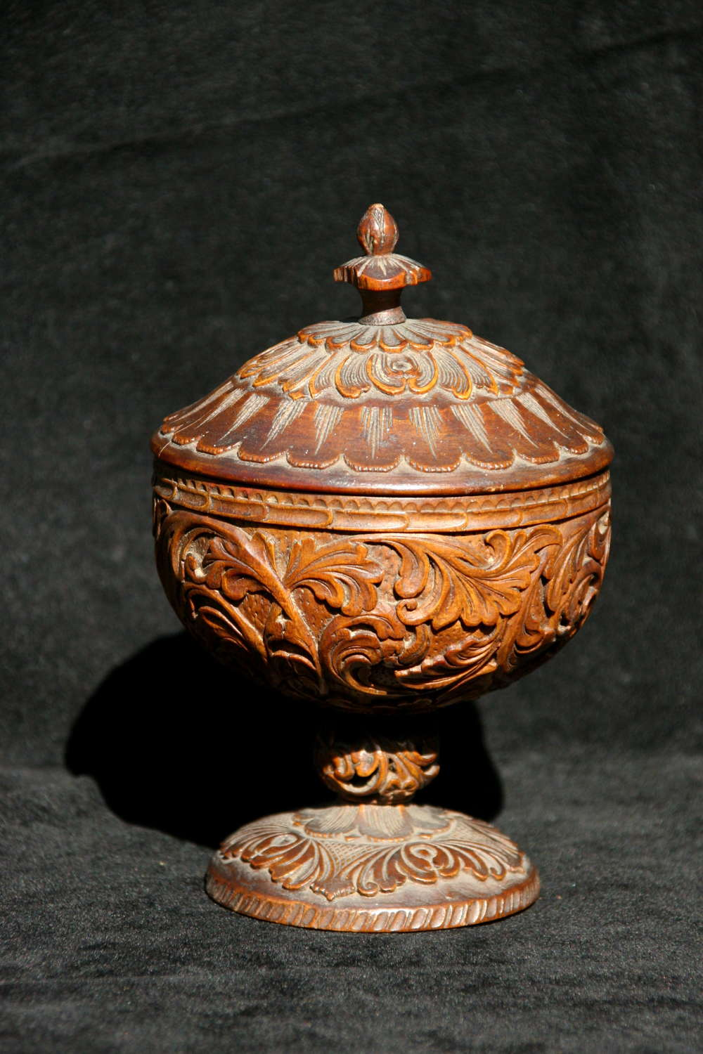 Treen Scandinavian Cup and Cover 19th century
