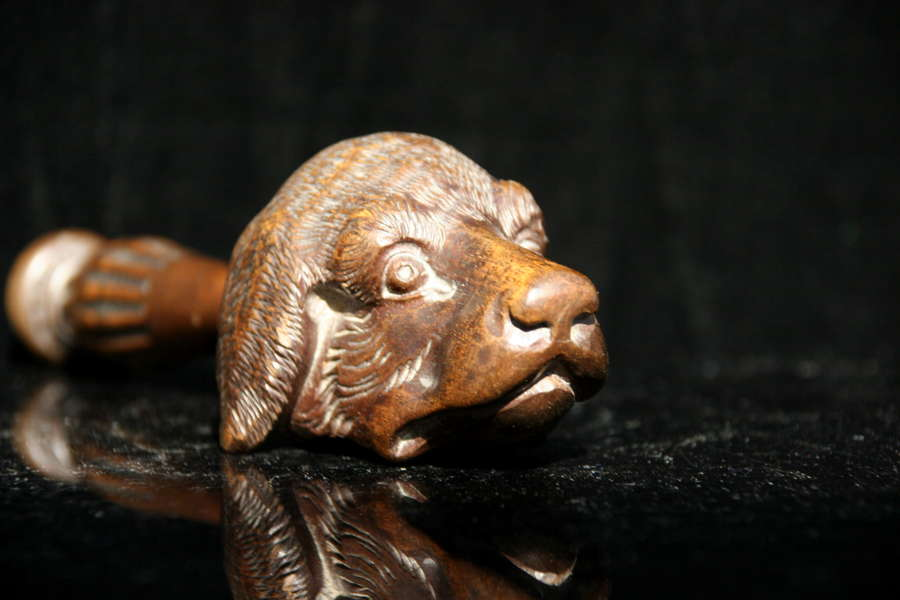 19th century Treen Dog Nutcracker