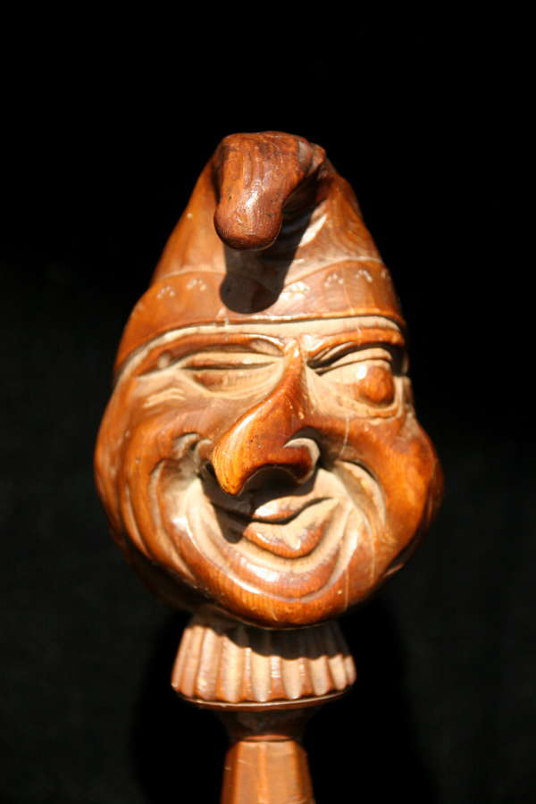 Treen Figural Nutcracker early 19th century