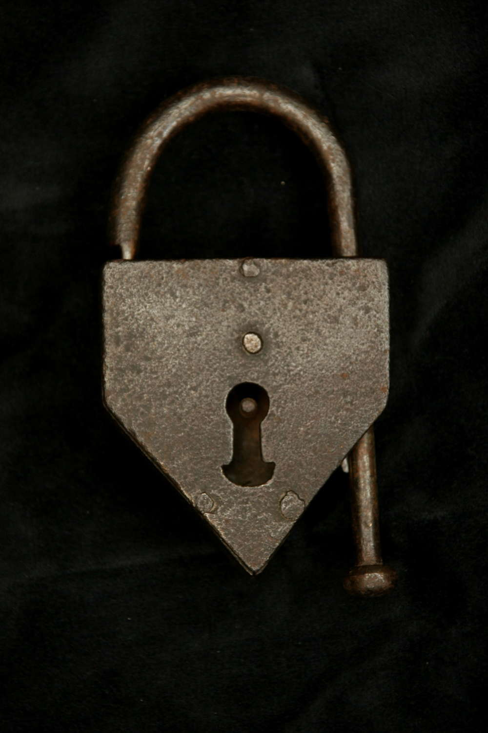 Small decorative Shackle Tail Padlock c.1700