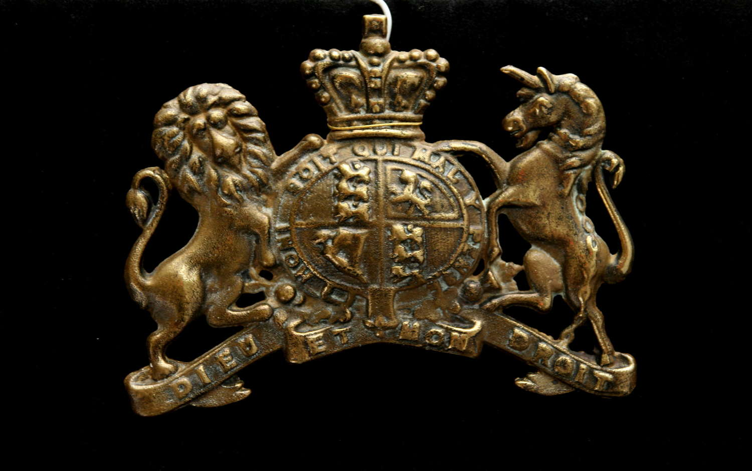Brass Royal Victorian Armorial
