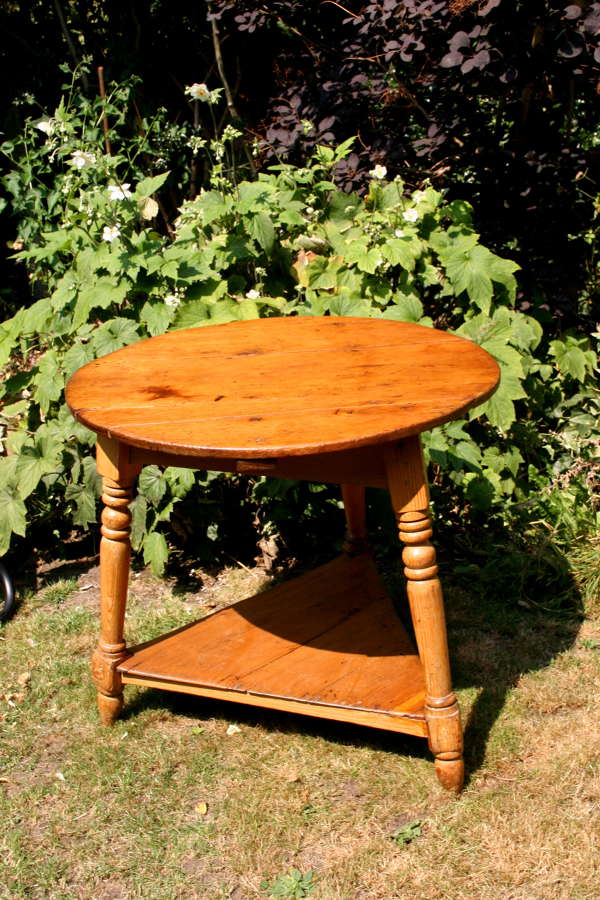 Pine Cricket Table English 1820-30