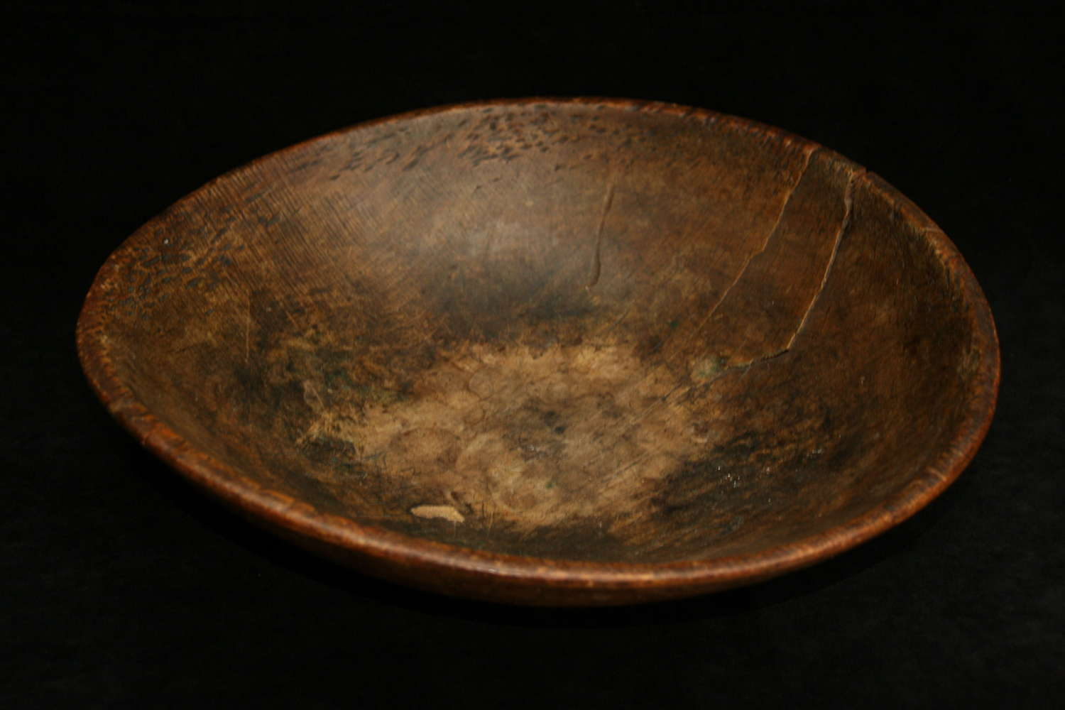 Treen 18th century Sycamore Dairy Bowl