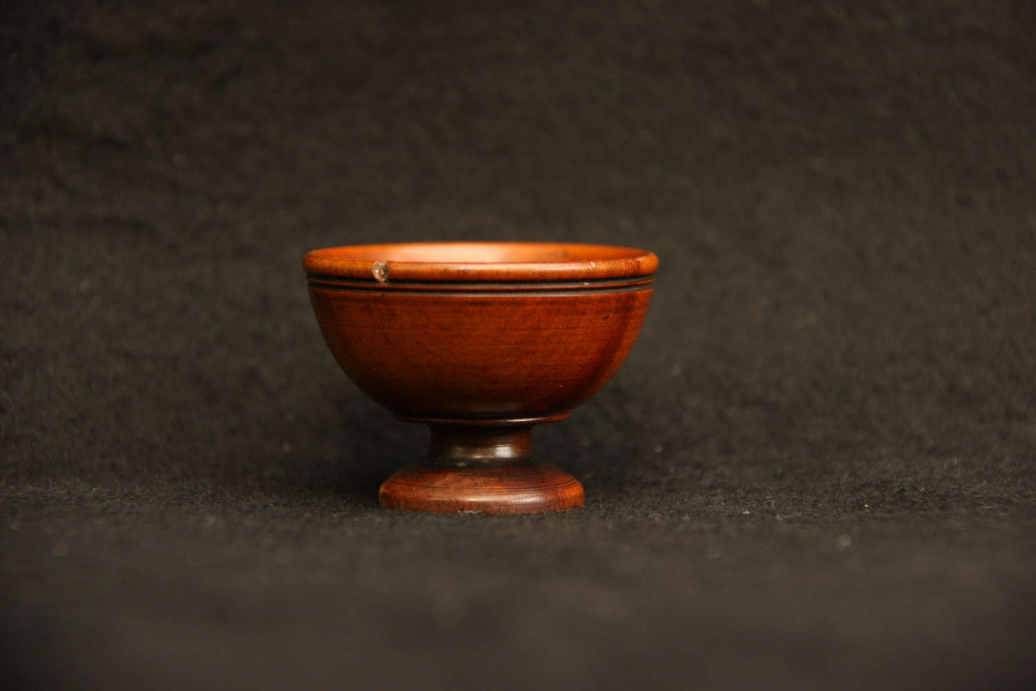 Treen  Footed  Bowl 18th / 19th century