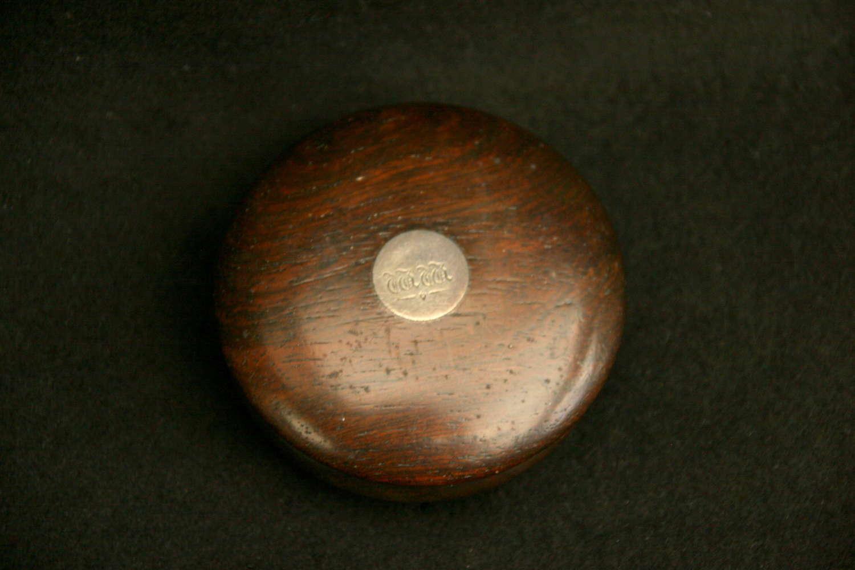 Treen Circular Snuff Box 19th century