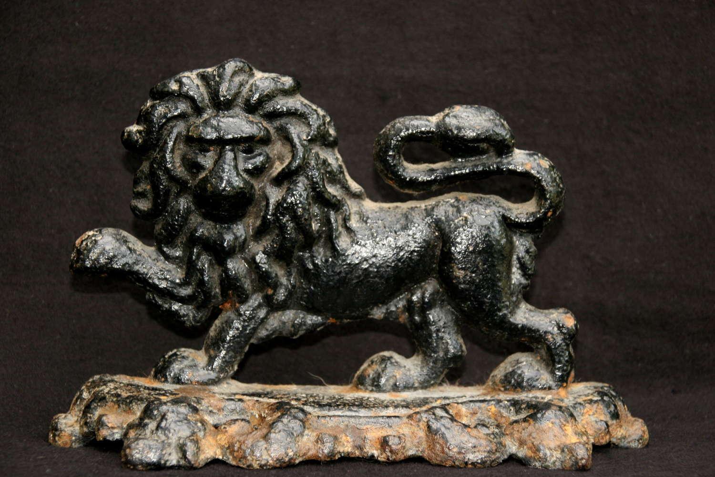 Early 19th Century Cast Iron Lion Door Stop