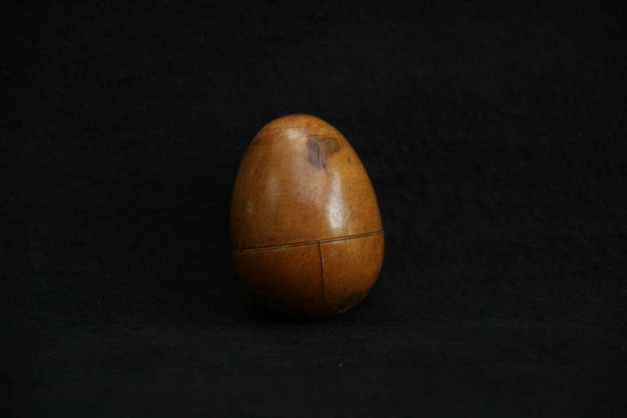 Treen Boxwood Egg Form Snuff box 19th century