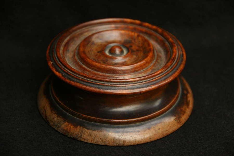 Treen 19th century Snuff box